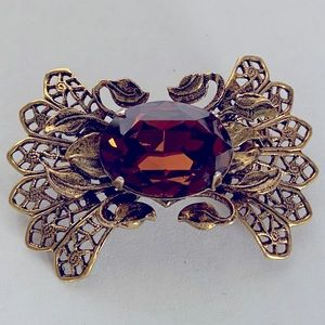 Exquisite Vintage Gold Amber Glass Rhinestone Pin